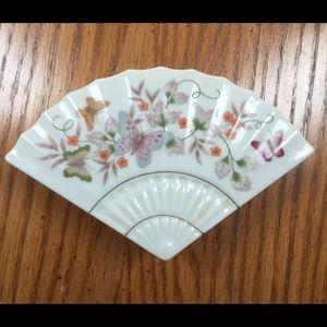 1980 AVON Porcelain Fan Box, MINT Condition